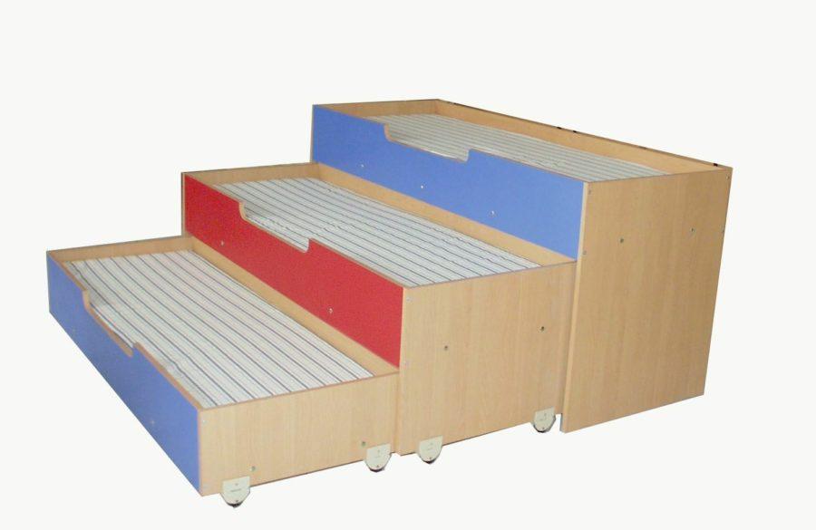 кровать 3х ярусная