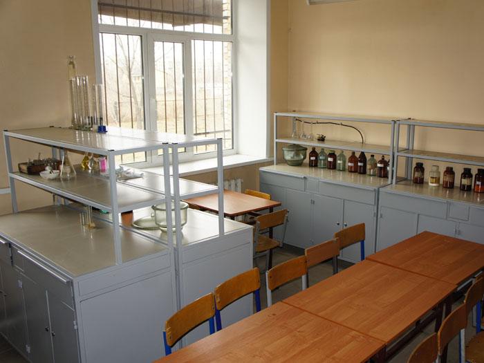 Стол лабораторный СЛ8 ТОО