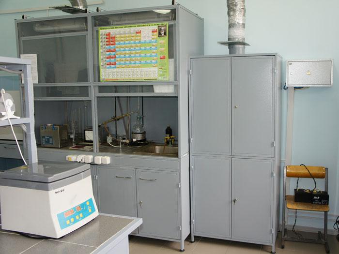Шкафы вытяжные лабораторные ТОО